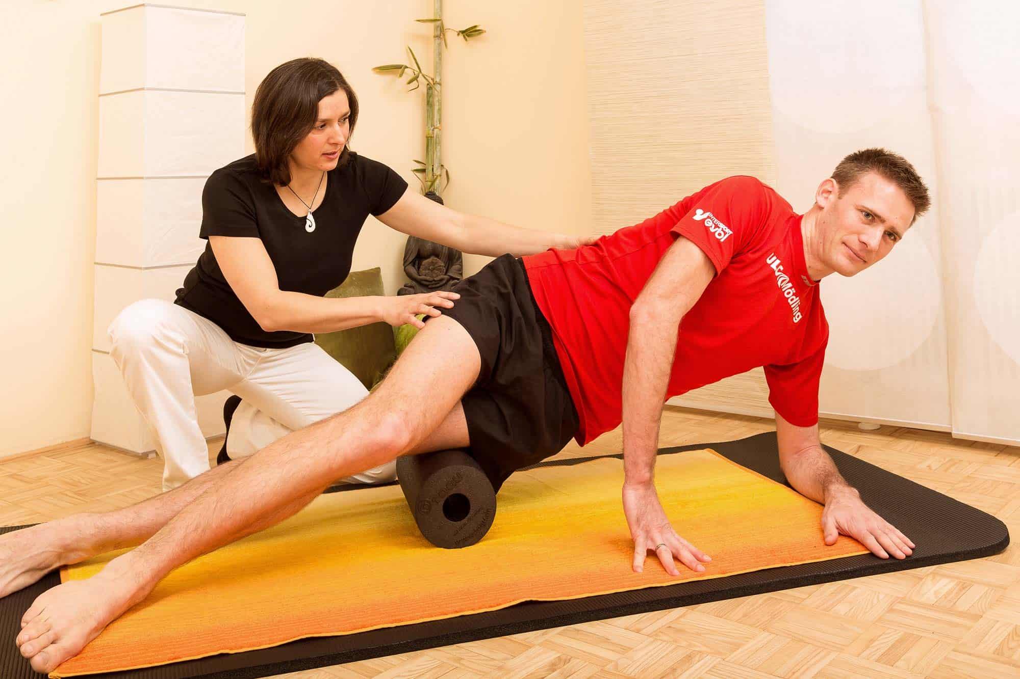 Physiotherapie Faszienrolle Mödling