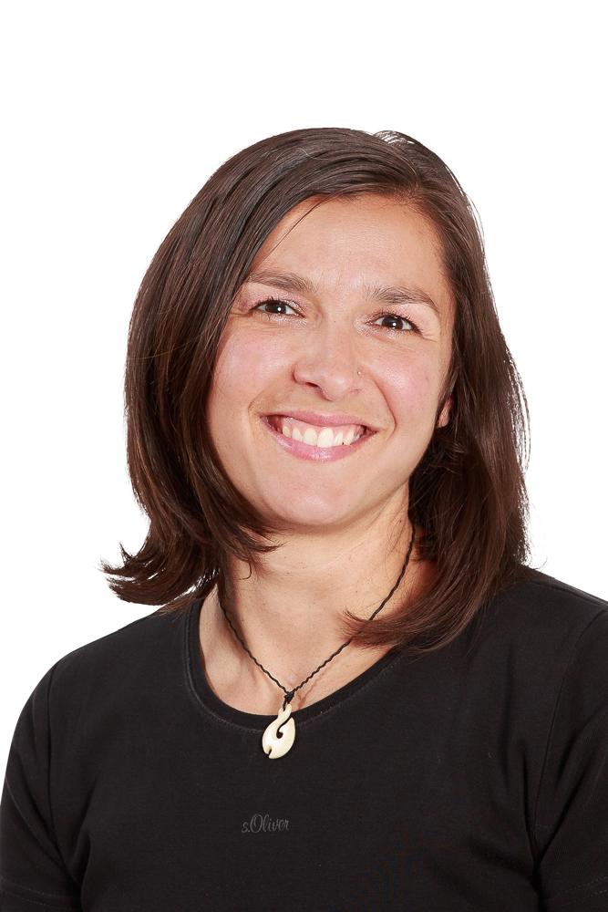 Christina Nikolov-Pires - Physiotherapeutin